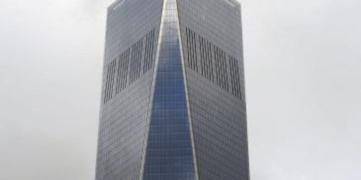 Así rescataron a los limpiaventanas que colgaban del piso 68 del One World Trade Center