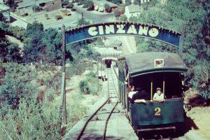 Panorámica del Funicular en 1957 Foto:Gentileza Fotos Históricas de Chile. Imagen Por: