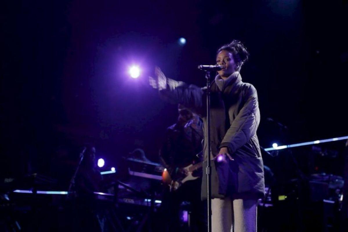"""La artista viajó hasta Washington para cantar en el """"Concert for Valor"""", un concierto en honor a los veteranos de la guerra. Foto:Facebook/Rihanna. Imagen Por:"""