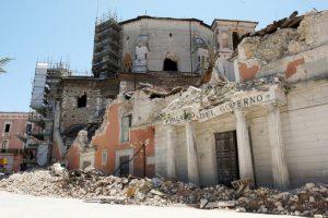 Diversos monumentos históricos también se vieron afectados. Foto:Getty. Imagen Por: