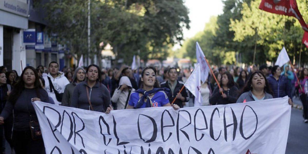 (Galería) Así se desarrolló la marcha no autorizada del comité de allegados Ukamau por la Alameda