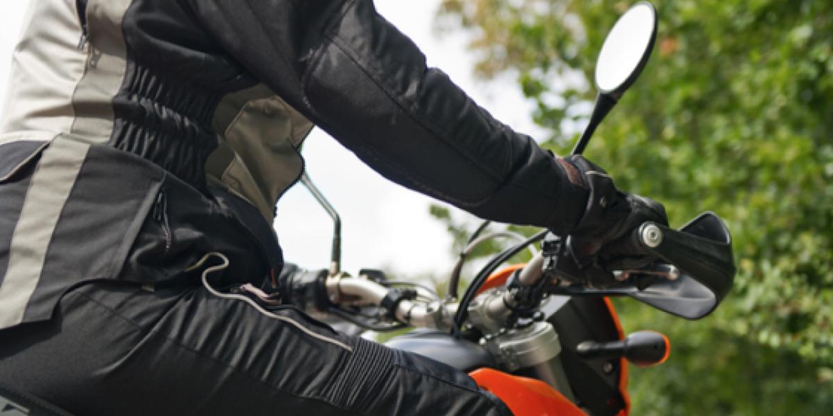 MOTORISTA: Un mal casco podría dejarte sordo