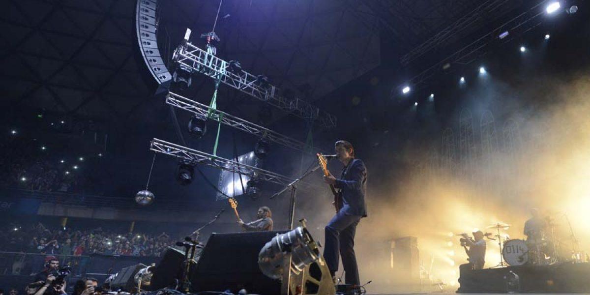 Las 32 mejores imágenes de Arctic Monkeys y The Hives en Chile