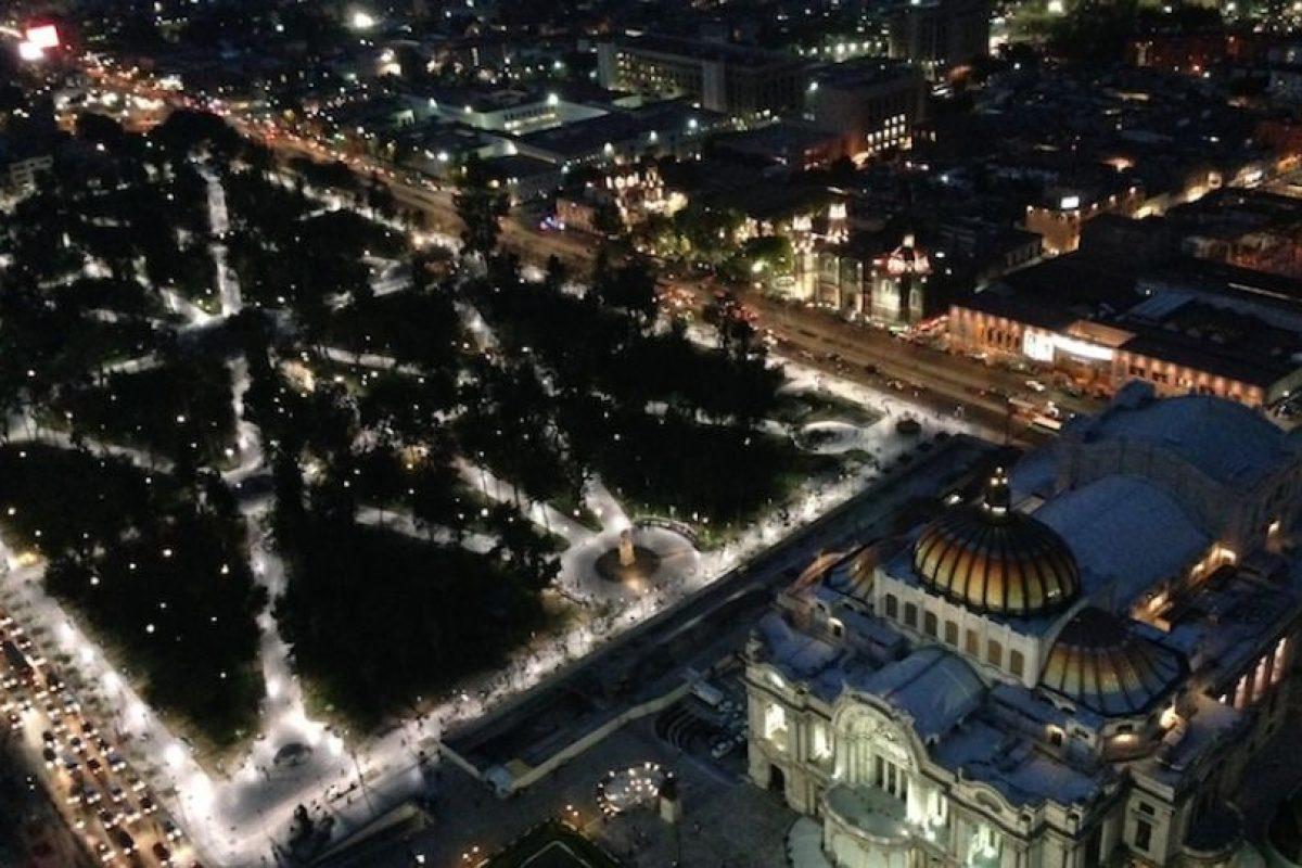 """""""Bellas artes y su jardín"""". México. Ricardo Alfonso Cardona Nava.. Imagen Por:"""