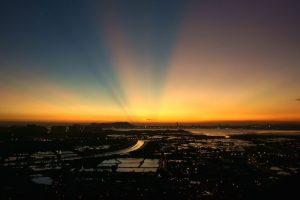 """""""This is my city's Magic Hours"""". Benny Yung.. Imagen Por:"""