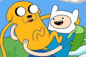 """Finn es un niño que ama las aventuras. Su perro es Jake, tiene poderes mágicos y viven en """"La Tierra de Ooo"""" Foto:Cartoon Network. Imagen Por:"""