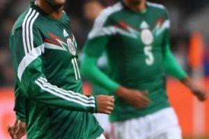 Carlos no había acudido a las convocatorias del seleccionado mexicano argumentando baja forma física o tener que adaptarse a sus clubes. Volvió este jueves haciendo los dos goles con los que México venció 3-2 a Holanda. Foto:Getty Images. Imagen Por:
