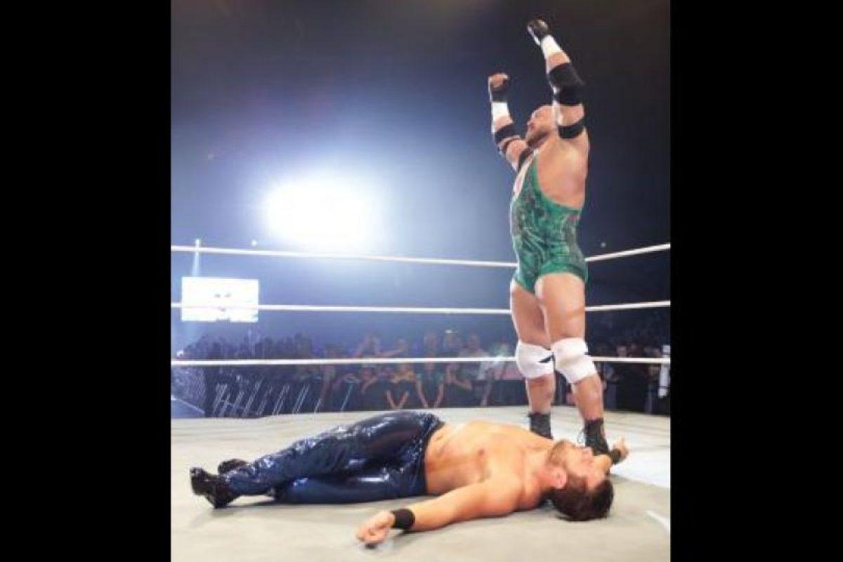 El musculoso luchador se llama Ryan Reeves Foto:WWE. Imagen Por: