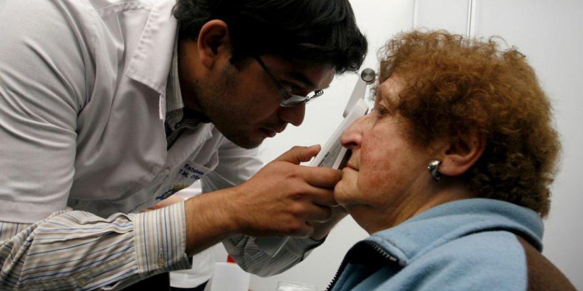 Informe del Minsal advierte que faltan 3.800 médicos especialistas en el país