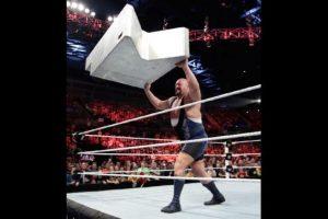 El gigante en realidad se llama Paul Randall Wight, Jr. Foto:WWE. Imagen Por: