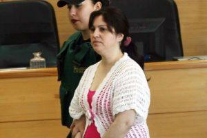 En enero de 2008 Jeanette Hernández, motivada por los celos que sentía hacia su pareja, se ensañó contra sus dos hijos, golpeándolos brutalmente con un martillo. Foto:Archivo. Imagen Por:
