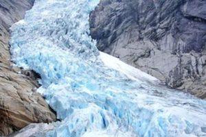 Hielo de glaciar para cocteles Foto:Wikipedia. Imagen Por: