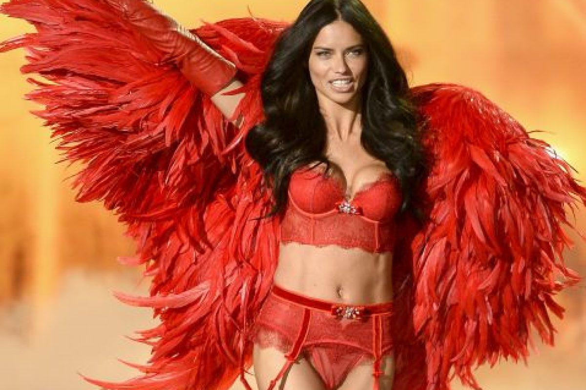 Adriana Lima Foto:Getty Images. Imagen Por: