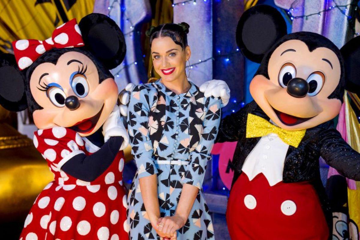 Sin embargo, hubo diversas reseñas negativas hacia la artista por el contenido lírico de la canción Foto: Getty Images. Imagen Por: