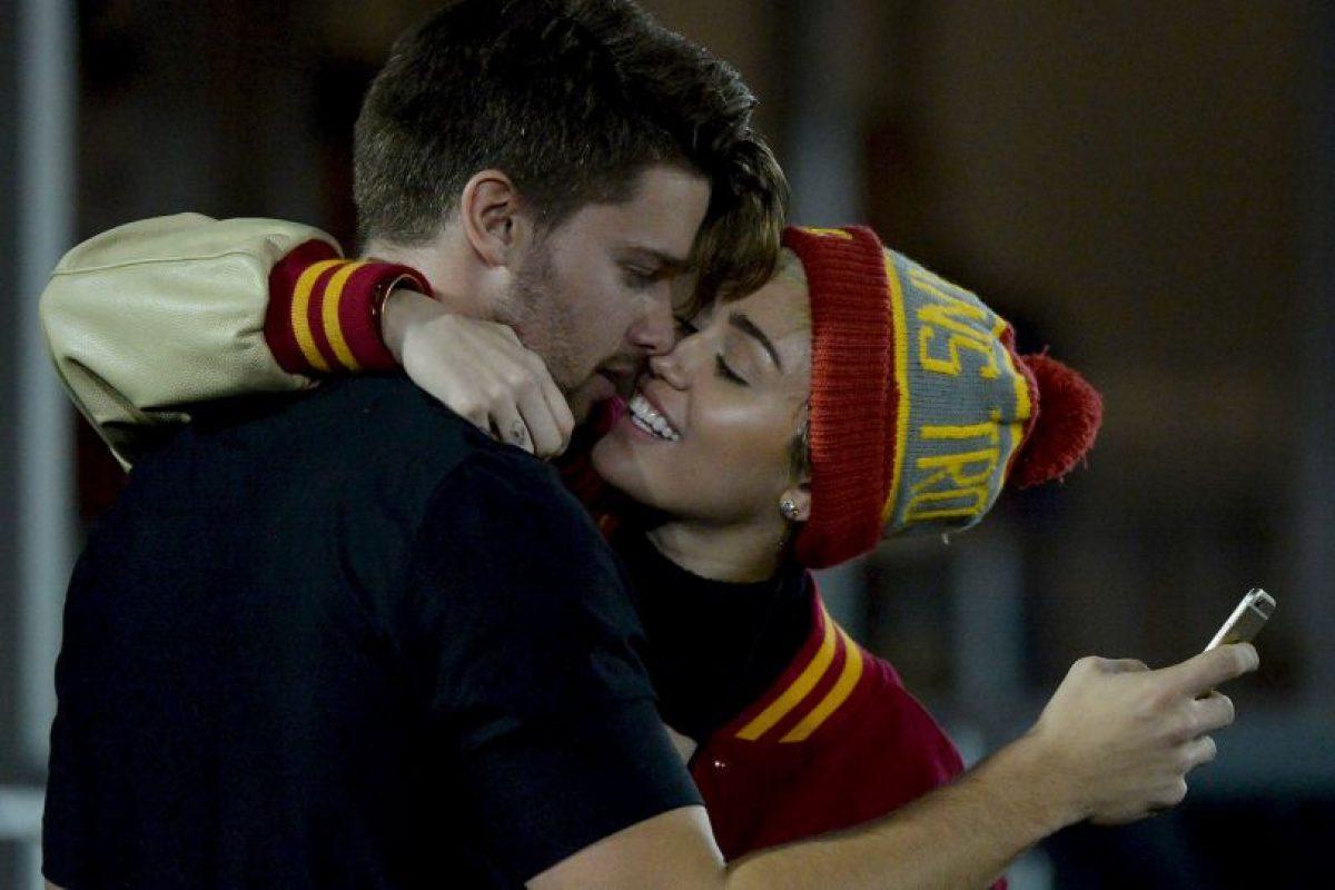 Los padres de Miley ya conocer al modelo Foto:Getty Images. Imagen Por: