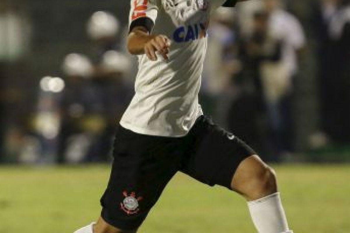 Petros Matheus dos Santos Araújo (Brasil). Este mismo 2014 fue sancionado por seis meses. Foto:Getty Images. Imagen Por: