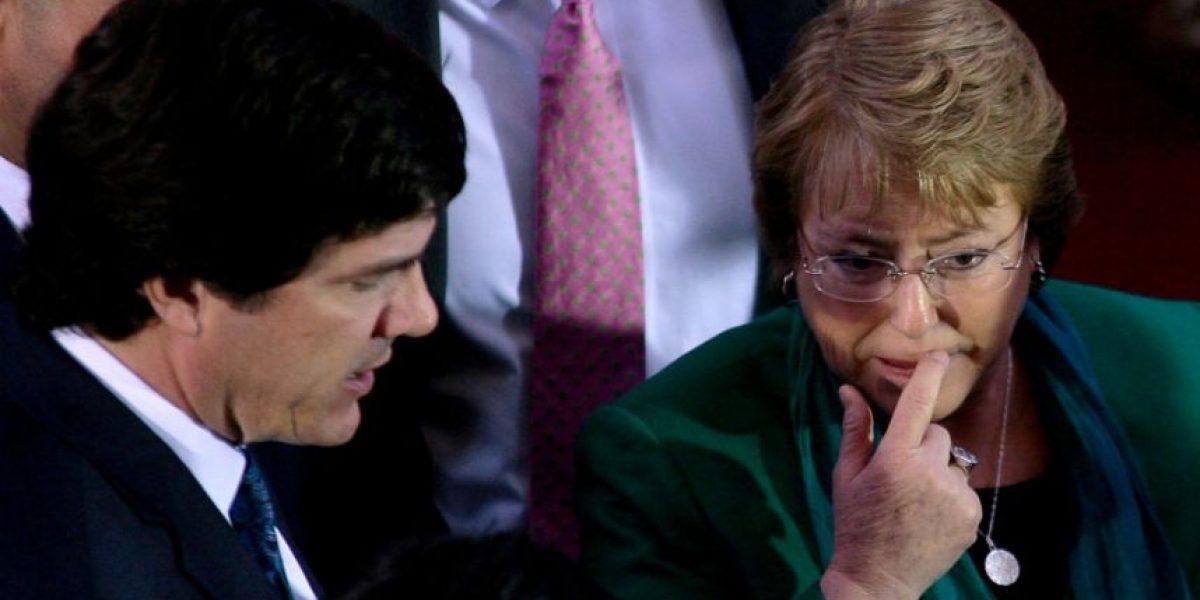 Bachelet llama a La Moneda al ministro de Transportes, al intendente y al presidente de Metro por falla en el tren