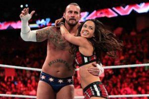 Después, Punk se casó en junio pasado con AJ Lee Foto:WWE. Imagen Por: