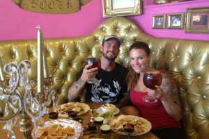 Lita también salió por un corto tiempo con CM Punk Foto:WWE. Imagen Por: