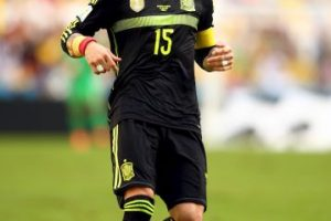 Sergio Ramos fungirá como el líder de la zaga Foto:Getty. Imagen Por: