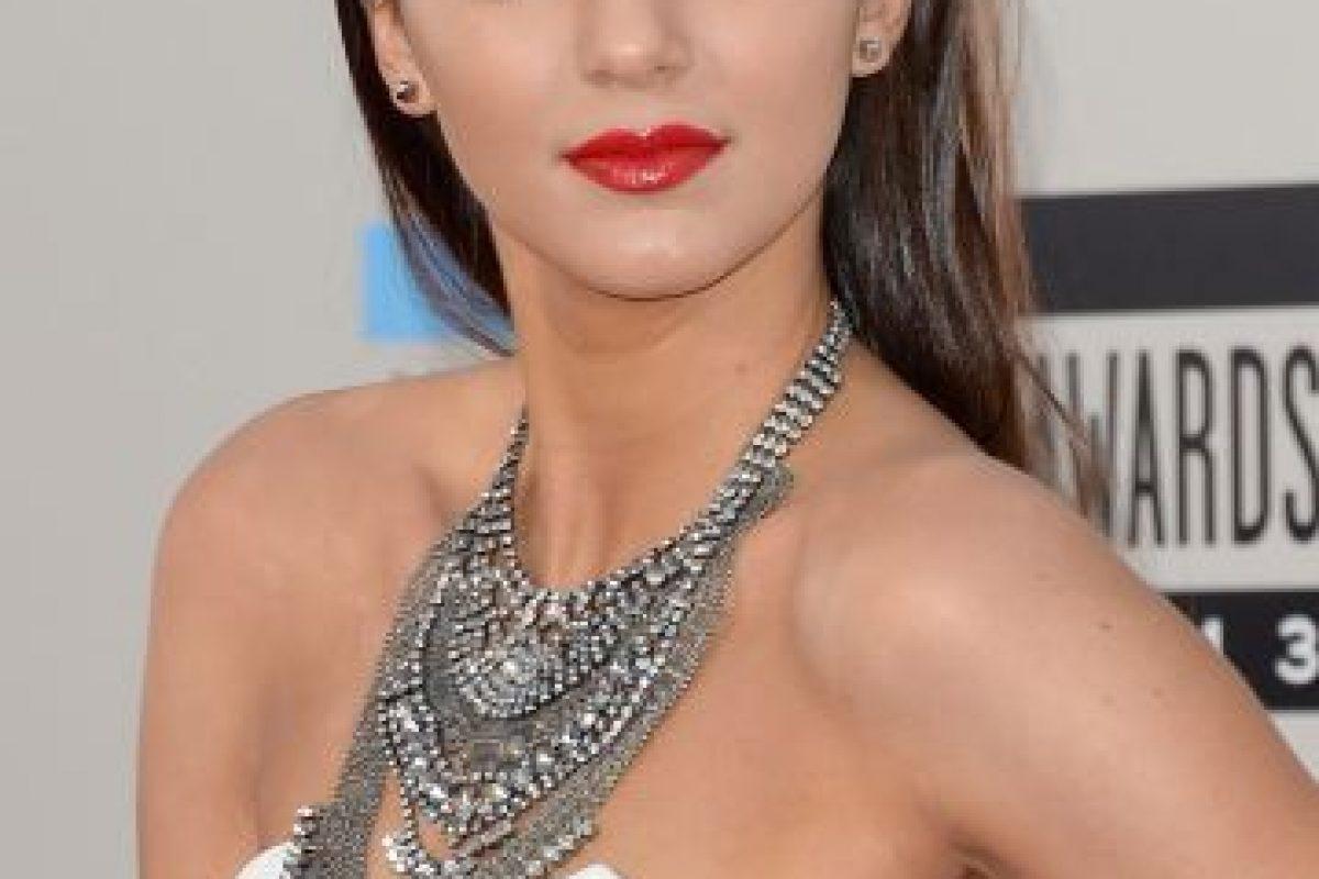 La madre de clan, Kris Jenner aseguró sentirse orgullosa del logro de su hija. Foto:Getty. Imagen Por: