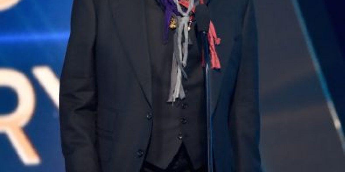 VIDEO: Johnny Deep llega borracho a entrega de premios