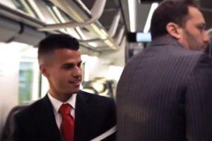 Fernando Llorente, Sebastian Giovinco, Leonardo Bonucci y Stephan Lichtsteiner toman distintas funciones de la tripulación Foto:Youtube: Juventus. Imagen Por: