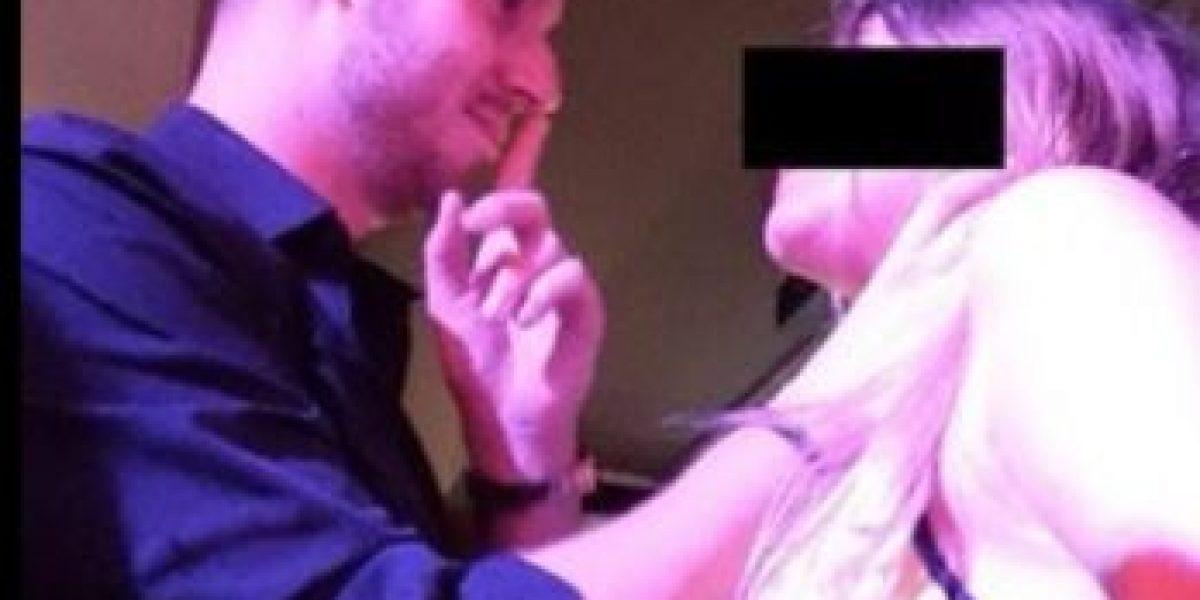 FOTOS: Este hombre enseña cómo abusar a las mujeres por 3 mil dólares