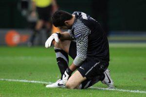 Demirel este fin de semana prefirió salir del estadio. Foto:Getty Images. Imagen Por: