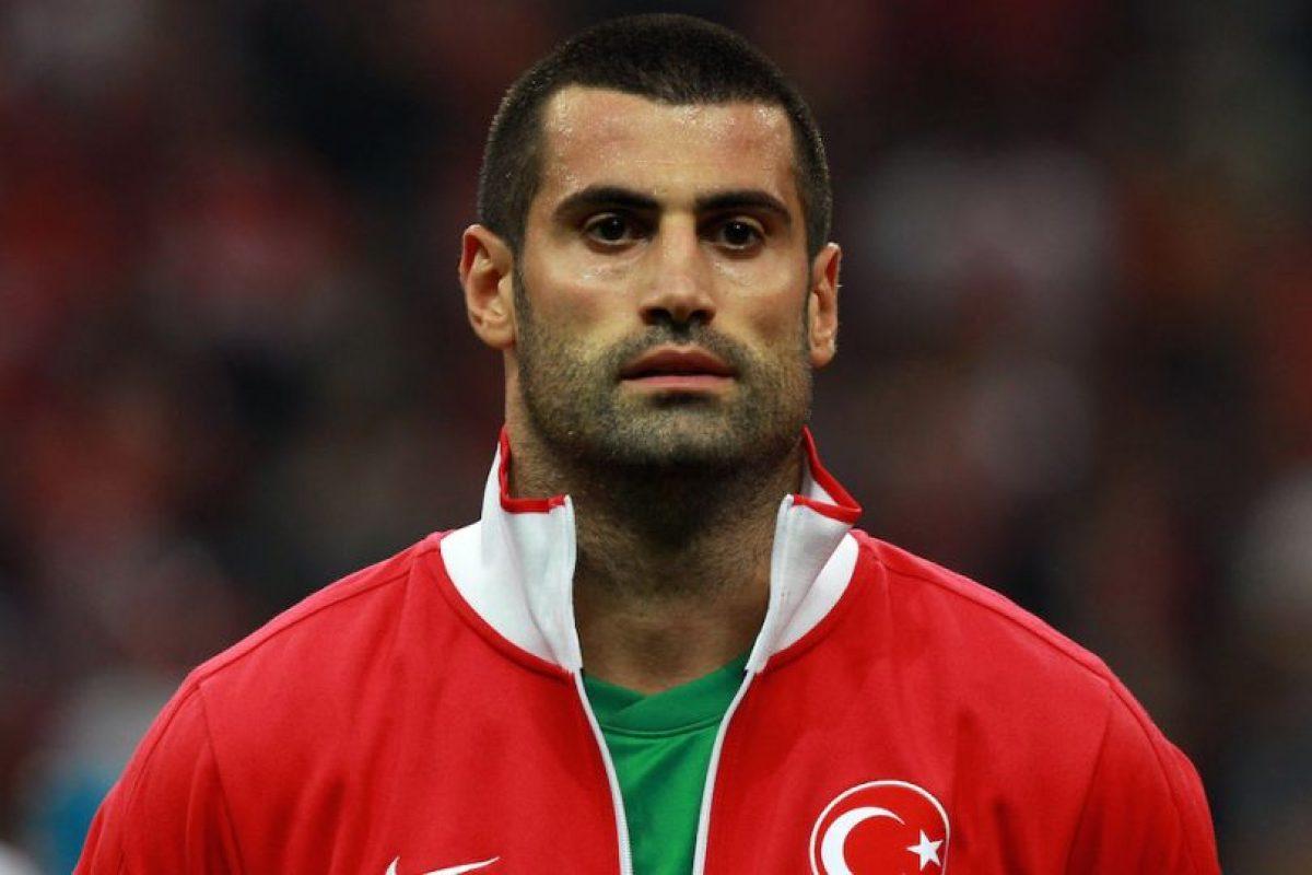 El arquero ha jugado en 53 encuentros con la Selección turca, donde debutó en 2004 ante Bélgica. Foto:Getty Images. Imagen Por: