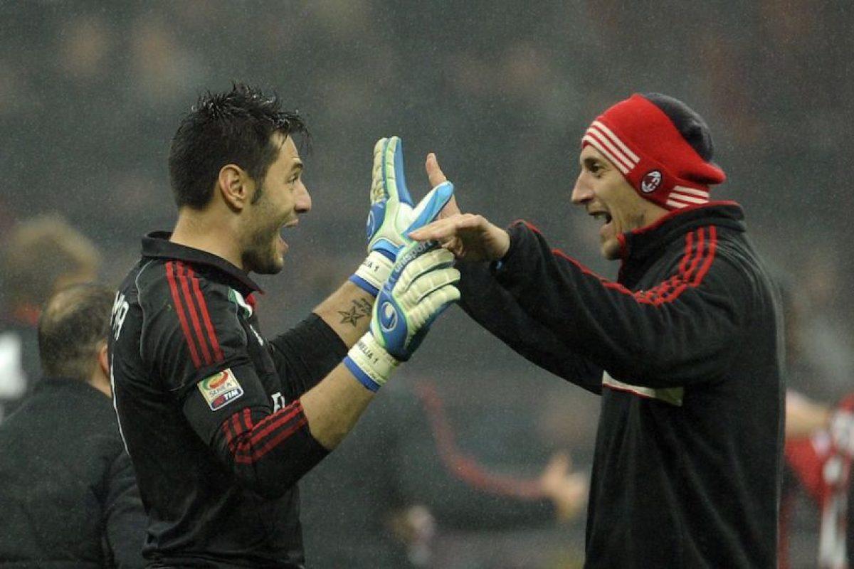 Amelia y Abbiati celebran durante un partido de la Serie A. Foto:Getty Images. Imagen Por: