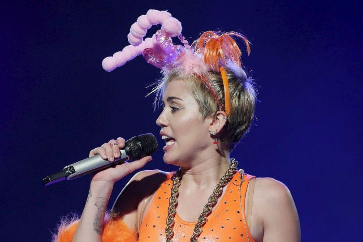 """En febrero de 2008, la gira se convirtió en una película/concierto en 3D titulada """"Hannah Montana & Miley Cyrus: Best of Both Worlds Concert"""" Foto:Getty Images. Imagen Por:"""