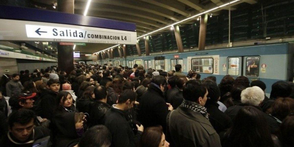 Metro suspende servicio expreso en Línea 4 a causa de falla en estaciones Macul y Vicente Valdés