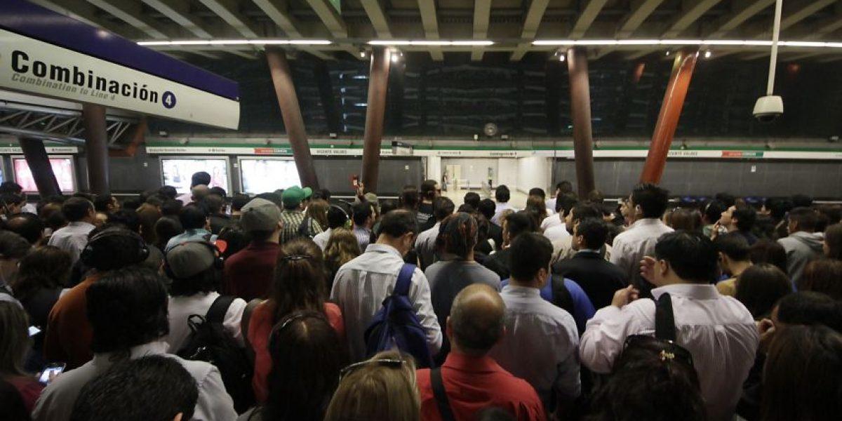 Twitter en llamas tras nueva falla en el Metro de Santiago