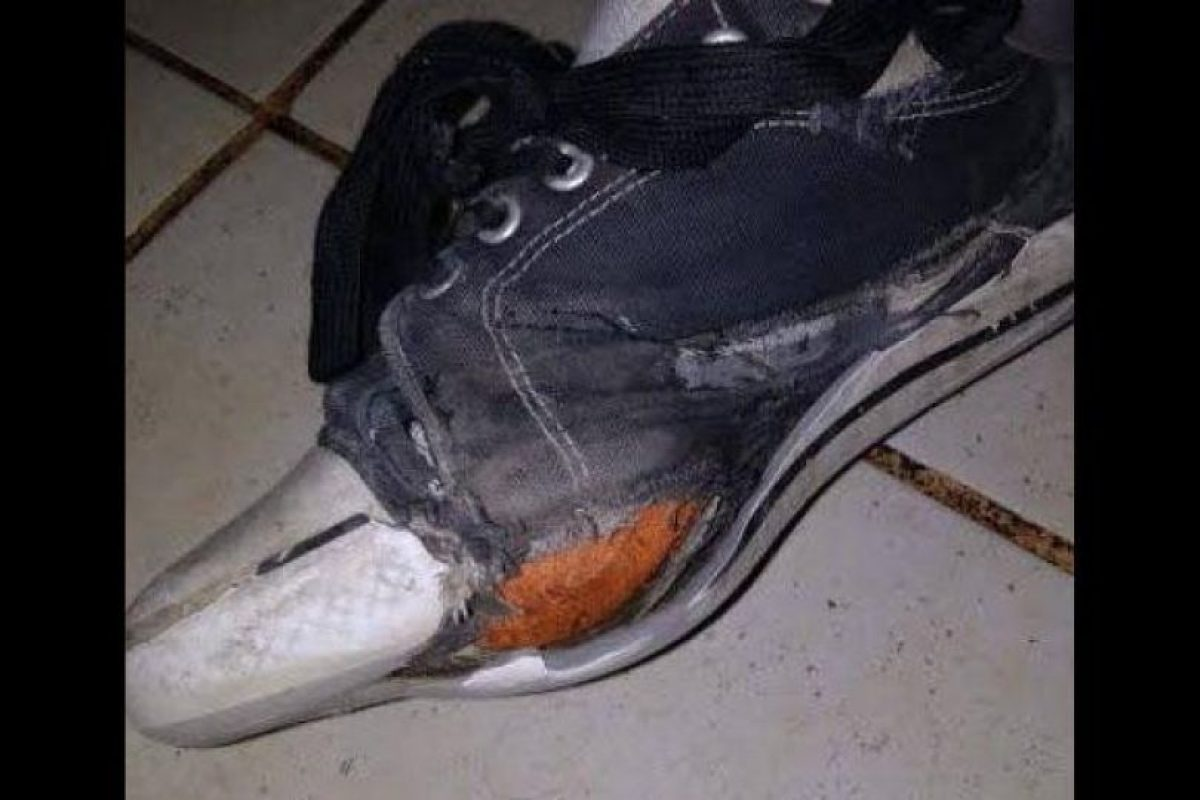 La foto de la zapatilla que dio inicio a la campaña Foto:Reproducción. Imagen Por: