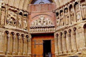 9. Iglesia. Foto:Wikimedia. Imagen Por: