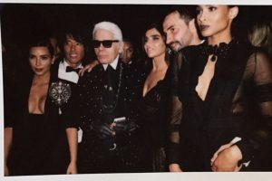 ¿Qué tal posar con Karl Lagerfeld? Foto:Instagram/Kim Kardashian. Imagen Por: