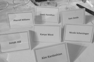 Estos son algunos compañeros de mesa.E Foto:Instagram/Kim Kardashian. Imagen Por: