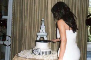 Este es tu pastel de cumpleaños. Foto:Instagram/Kim Kardashian. Imagen Por: