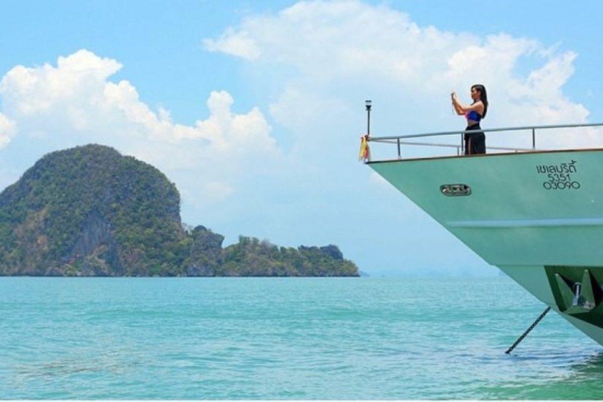 Tomarse selfies así en Tailandia. Foto:Instagram/Kim Kardashian. Imagen Por:
