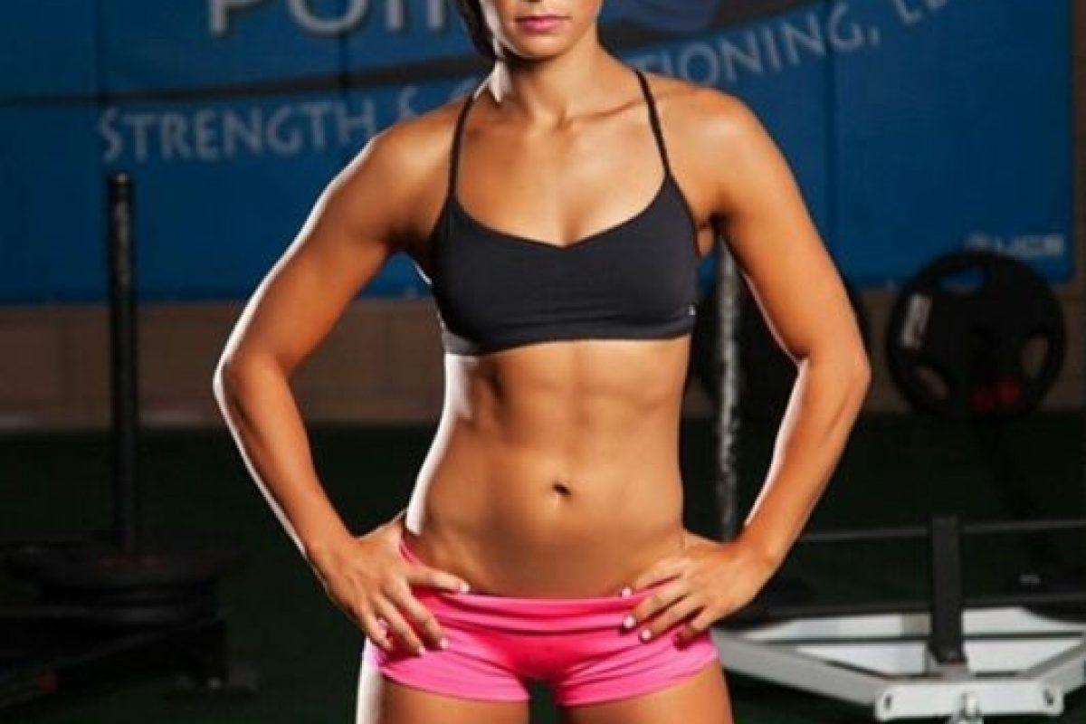 """Peleadora estadounidense de artes marciales mixtas conocida como """"The Karate Hottie"""" Foto:Instagram: @karatehottiemma. Imagen Por:"""