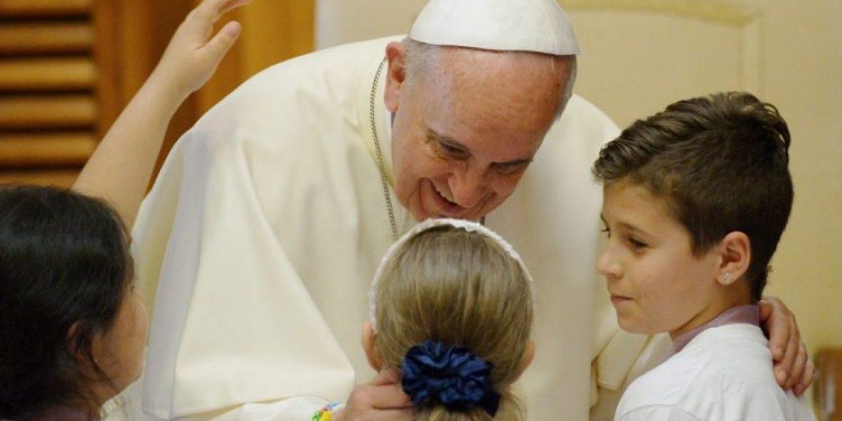 """Papa Francisco sobre los niños: """"Tienen derecho a un padre y una madre"""""""