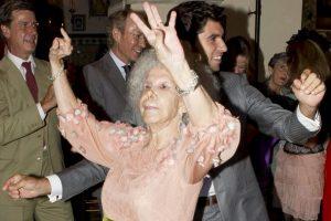 Duquesa de Alba es hospitalizada y tiene un pronóstico reservado Se casaron en octubre de 2011 Foto:Getty. Imagen Por:
