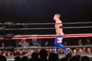 Brien Myers retó a que apareciera cualquier luchador que quisiera enfrentarlo, en el show House of Hardcore 7 Foto:Youtube: NoMatch4Me. Imagen Por: