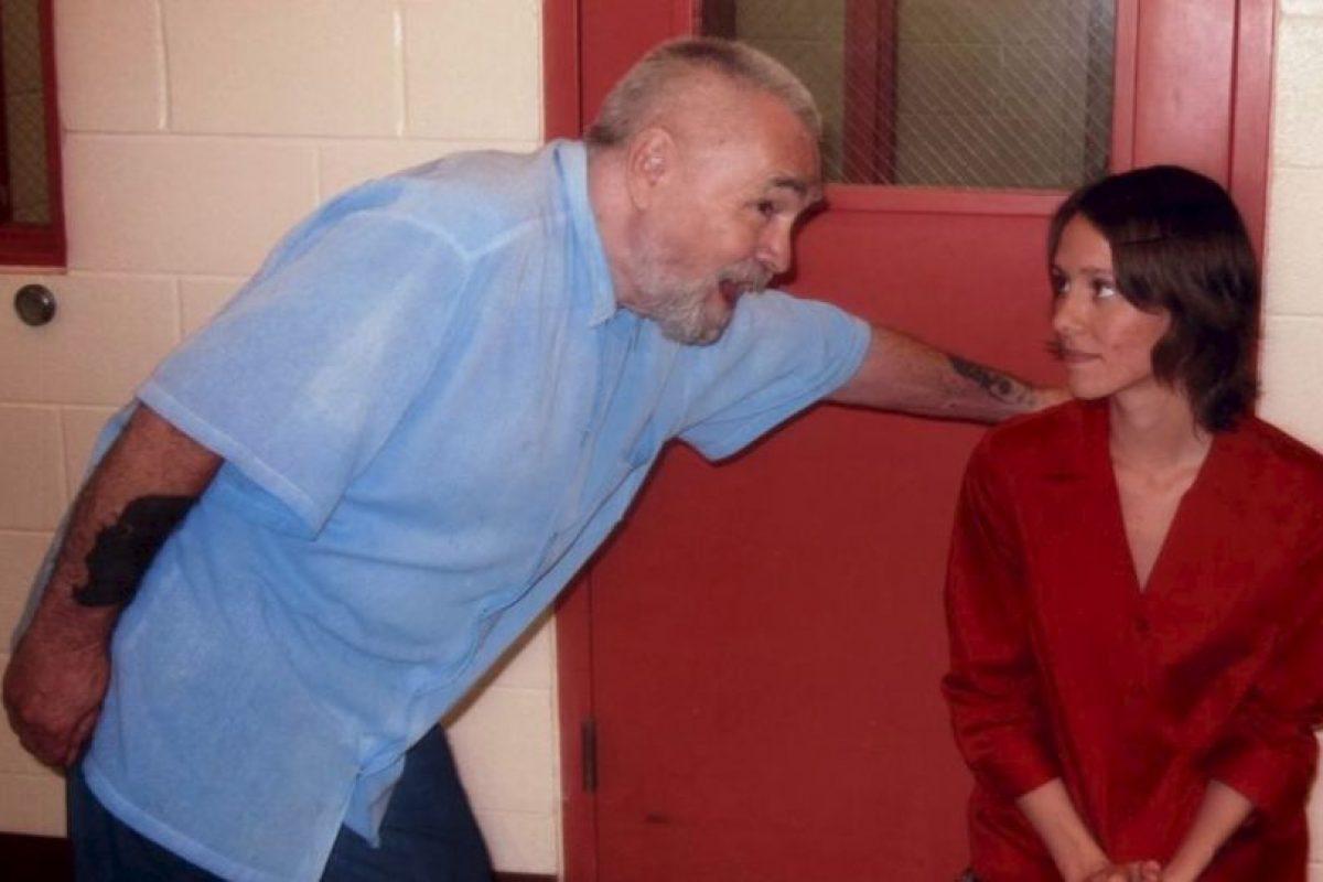 """Aunque la boda no podrá """"consumarse"""" pues Manson tiene prohibidas las visitas conyugales. Foto:MansonDirect.com. Imagen Por:"""