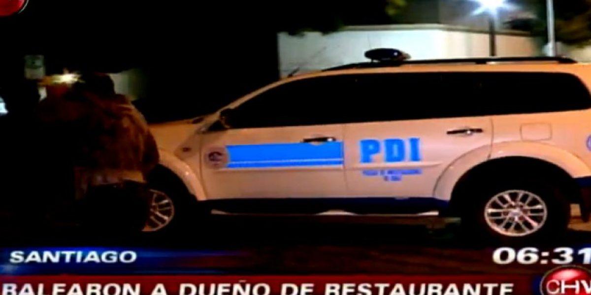 Dueño de restaurante de comida rápida fue baleado en Santiago Centro