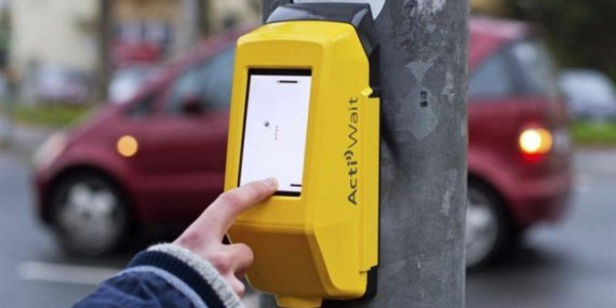 En alemania crean juego para que los peatones no se aburra en el semáforo