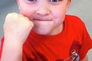 El niño ha crecido frente a sus seguidores en Internet Foto:Cheezburger. Imagen Por: