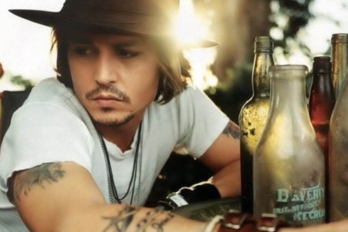 Johnny Depp está muy lejos de ser el símbolo sexual que era en los 90 Foto:Tumblr. Imagen Por: