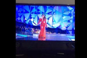 La señorita Valle recibió los peores comentarios por su vestido rojo Foto:Twitter. Imagen Por:
